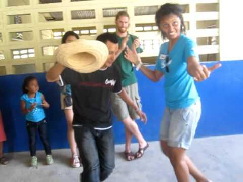 Panama 2011 - Panamanian Dancing!