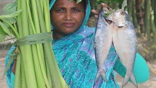 Village Food Kochu Bahar Recipe FARM FRESH Taro Stem With Hilsha Fish Curry Yummy Cooking Kochu Data