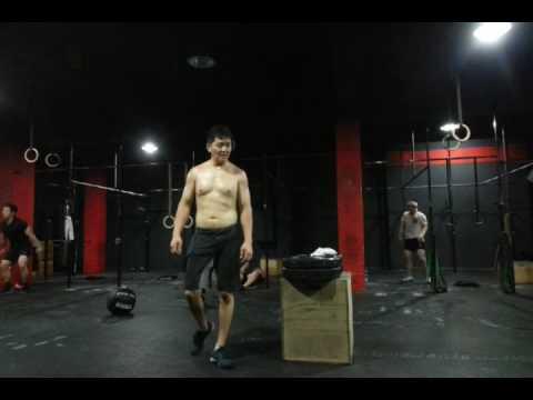 CrossFit ILC Training Log - Box jump / Kettlebell swing / Knee to elbow / Wallball shot / Burpee