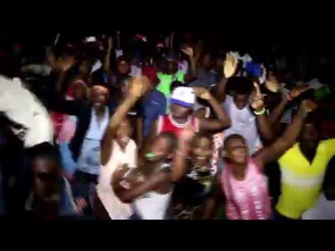 TIZEU AU URBAN REVOLUTION MBOA 11 FEVRIER 2015 (Music Camerounaise)