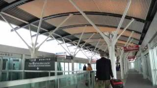 San Francisco International Airport (SFO) - Finding Your Way to the Avis Counter