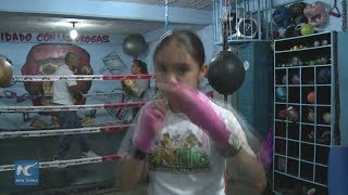 Fany, the golden girl boxer, future champion