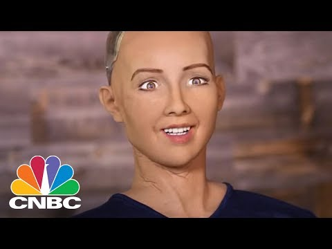 Sophia, Hot SXSW Robot, Says She Can Do A Better Job Than Donald Trump | CNBC