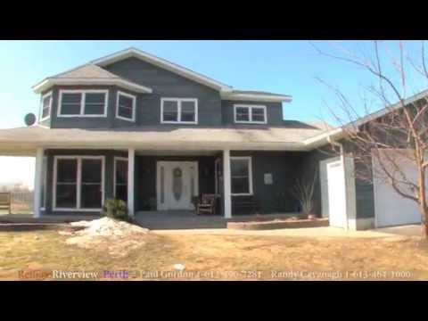 House For Sale : 144 Georgina Street  (Just Outside Perth, Ontario)