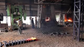 Pleuel Herstellung in Indien