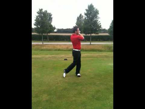 Possibly the worst golf swing ever??