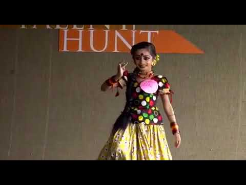 Cute folk dance malayalam