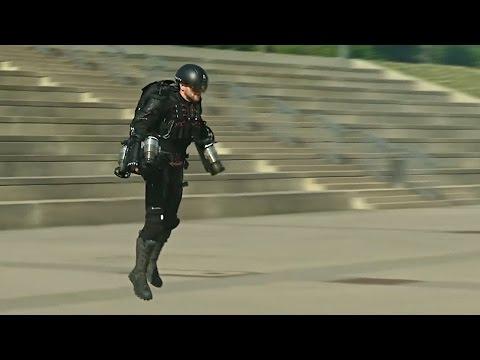 «Железный человек» полетал в костюме с реактивными двигателями (новости)