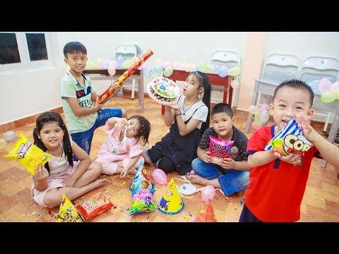 Kids Go To School   Day Birthday Of Teacher Chuns And Friend Organize Birthday in Class