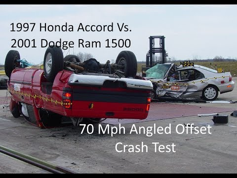 1997 Honda Accord Vs. 2001 Dodge Ram 1500 NHTSA Oblique Overlap Crash Test (70 Mph)