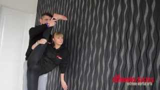 Partner Stretching - The Edmunds Sistas - Stretchy Saturday