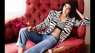 Anushka Sharma Hot Bikini | Anushka Hot Thighs | Anushka Novel Show