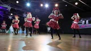 Mickey Mouse - kids performance by Valeria Semashko - VladYama Dance School