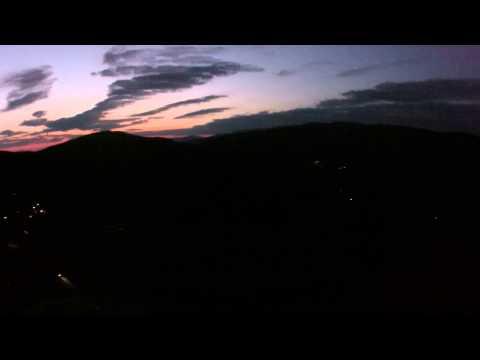 langdorf bei nacht