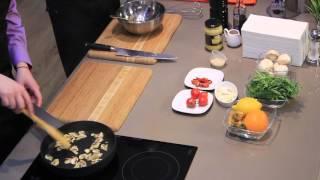 """""""Кулинарные радости""""  34 выпуск. Салат из рукколы с фруктами и грибами."""
