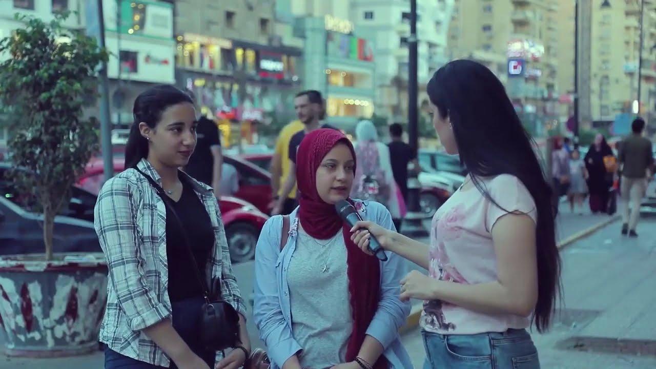 الراجل لما يحب يتحكم فى خطيبته فترة الخطوبة  👫..شوفوا رد فعل البنات 😂