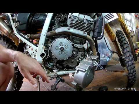 Снятие крышки сцепления Suzuki Djebel 250XC