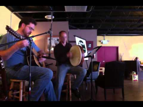 Synthetic Zen Live at Petit Chat Bakery and cafe, featuring Brian Huseland and Brennan June 23, 2012