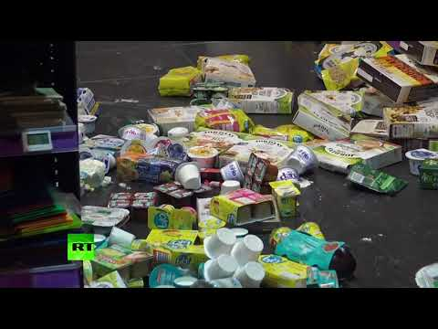 Shattered glass & mayhem: Paris shops left in chaos after Yellow Vests protests