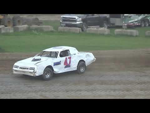 Street Stock B-Feature #1 at Crystal Motor Speedway, Michigan on 09-16-2018!
