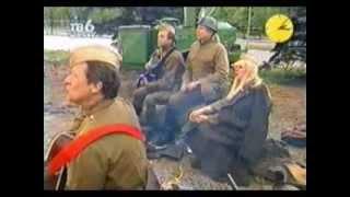 У деревни Крюково - Самоцветы (Е.Курбаков, И.Шачнева, В.Белянин, Ю.Маликов) 2001
