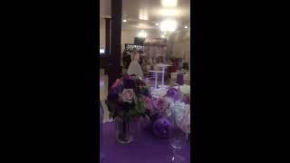 Сюрприз невесты жениху порвал зал