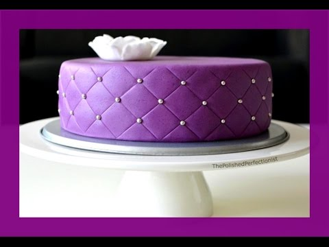 torte mit fondant berziehen einfaches tutorial how to doovi. Black Bedroom Furniture Sets. Home Design Ideas