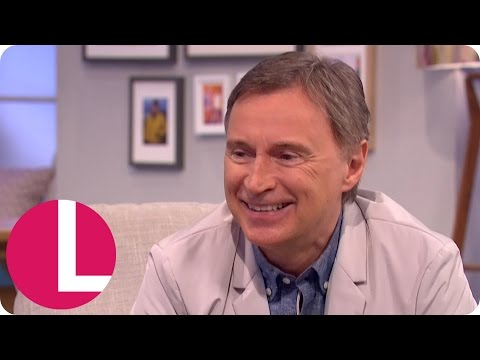 Robert Carlyle's Dentist Helped Him Get Into His Trainspotting Character | Lorraine