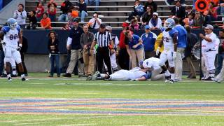 Football Player knocked out cold Unconscious and is motionless