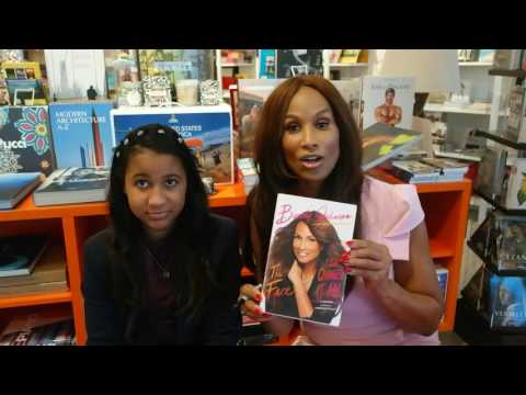 Beverly Johnson during Palm Springs book signing at Just Fabulous