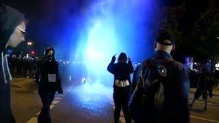 G20 in Hamburg: Hier löst die Polizei eine Demo mit schwerem Gerät auf