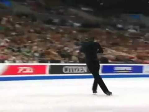 Evan Lysacek Wins Gold for USA in Men