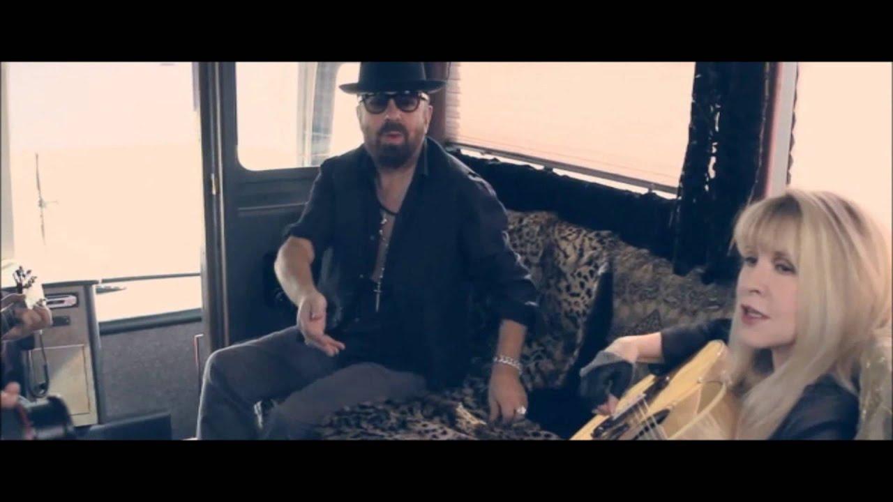Happy Birthday Stevie Nicks: Fleetwood Mac Rock Hall Induction ...