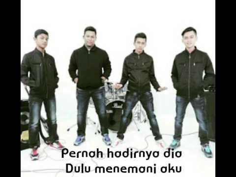 Putera Band - Rebahku Tanpamu (lirik)