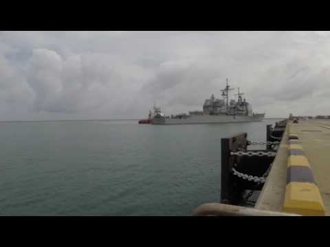 USS Lake Erie arrives in Colombo, Sri Lanka To Provide Aid