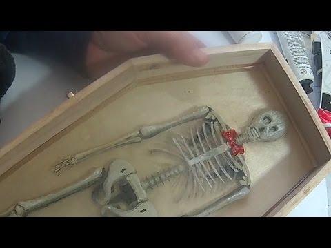 3D Paint Halloween skeleton by Gerardo Chierchia