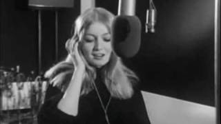 Mary Hopkin Que Tiempo Tan Feliz (Those Were The Days in Spanish)