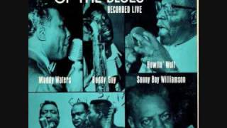 MUDDY WATERS W/ BUDDY GUY - SITTING AND THINKING - 1963 LIVE