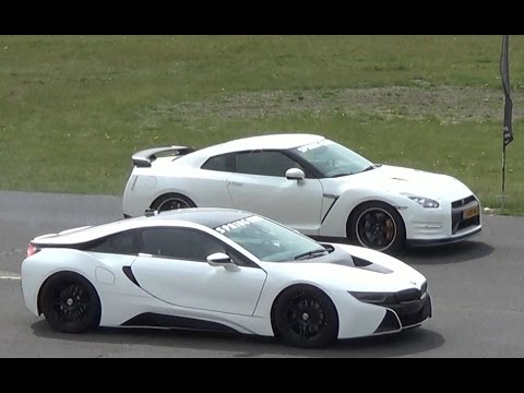 Drag Race Bmw I8 Vs Nissan Gt R Youtube