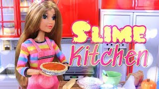 DIY - How to Make: SLIME KITCHEN   Doll Slime Pumpkin Pies for the Holidays thumbnail