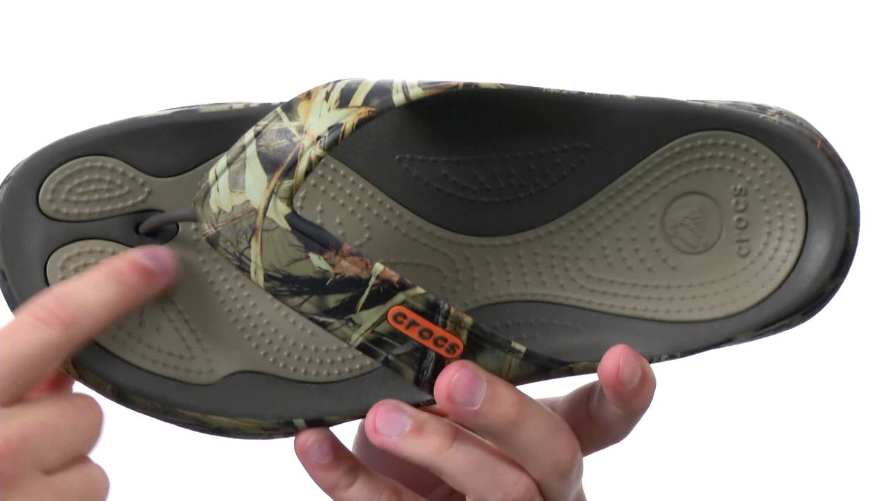 0a63bd76cbb8 Crocs Modi 2.0 Realtree Max-4 Flip SKU  8317039 - YouTube