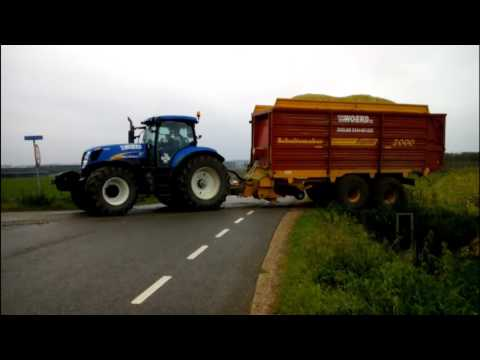New Holland T7030 ( sound) - YouTube