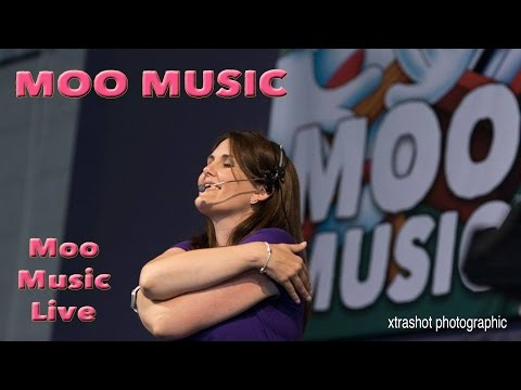 Moo Music by Moo Music - Live at Win Vin - 9th July 2016