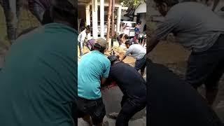 Penyembelihan hewan Qurban di tempat Hj asiah 2018 oleh ust fandi ahmad akbar...(1)