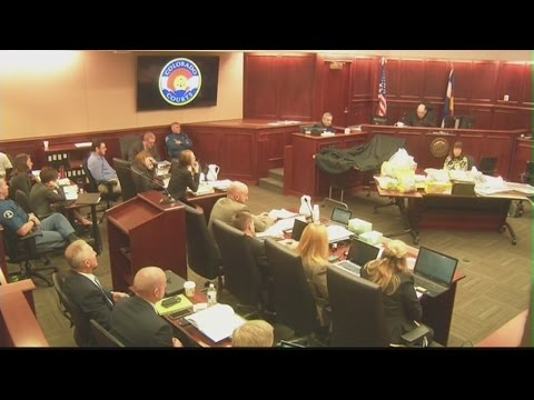 FBI bomb expert answers jury questions about James Holmes' apartment