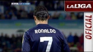 Paradón de Roberto Jiménez tras el chut de Cristiano Ronaldo