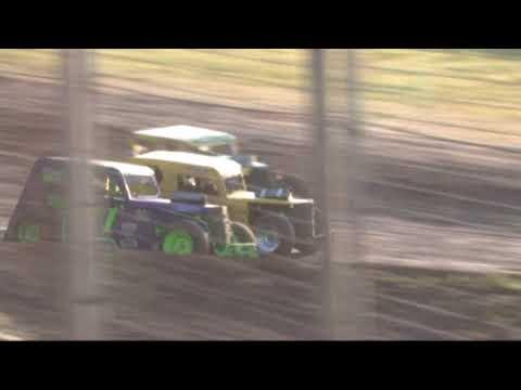 Southern Oregon Dwarf cars at SO speedway 5/11/19 Heat 2