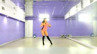 Lesson for beginners Go-go dance-High Heels ( Britney Spears)
