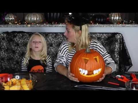 Pumpkin Carving With My Mummy! // Clara's World