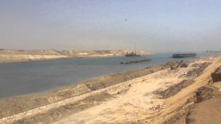 New Suez Canal: dredging at the southern entrance May 21, 2015